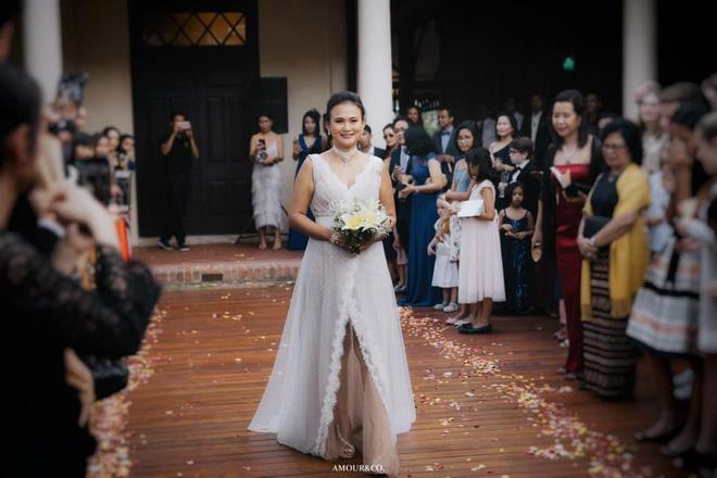 Toàn cảnh đám cưới được giấu kín của chồng cũ diva Hồng Nhung và diễn giả người Myanmar-6