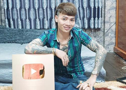YouTube trao bằng khen cho Khá Bảnh, cổ súy kiếm tiền bẩn-1