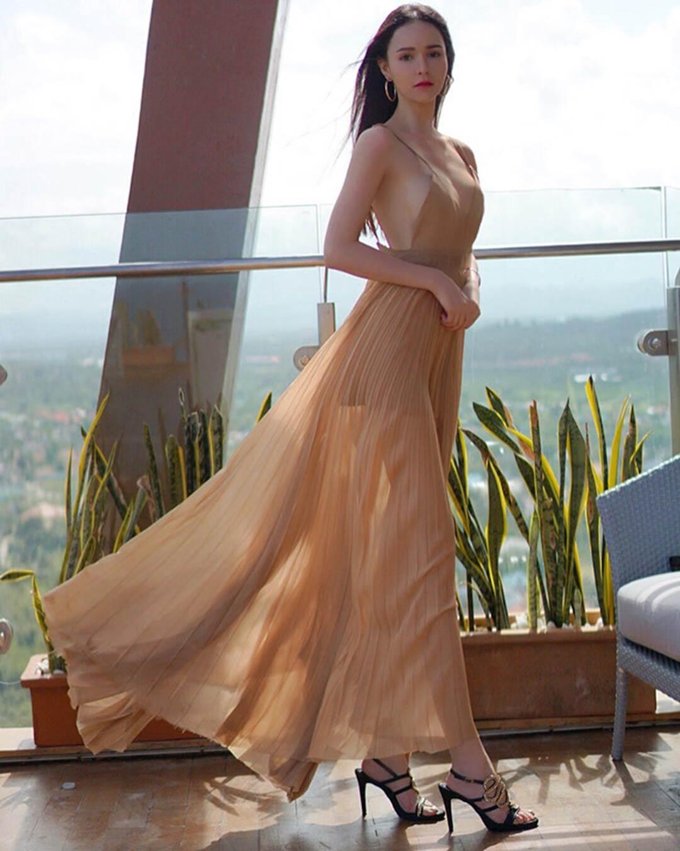 Vẻ đẹp như búp bê của mỹ nhân Thái lai Tây sắp đến Việt Nam-8