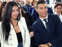 Nghỉ thi đấu do chấn thương, C.Ronaldo tranh thủ làm ông chủ bán bánh