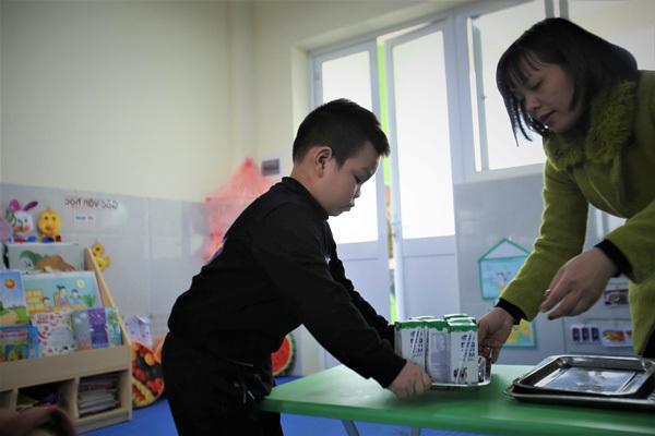 Gần 1 triệu trẻ Hà Nội uống 'Sữa học đường'-2