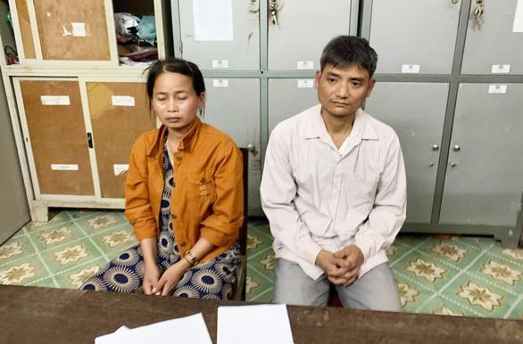 Bố mất, mẹ bỏ đi lấy chồng, bé gái 9 tuổi bị hàng xóm lừa bán sang Trung Quốc để làm vợ-1