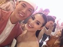 Hoa hậu Phạm Hương khoe vòng 1 đẫy đà, thoải mái thân mật cùng trai lạ sau khi công khai chuyện đính hôn