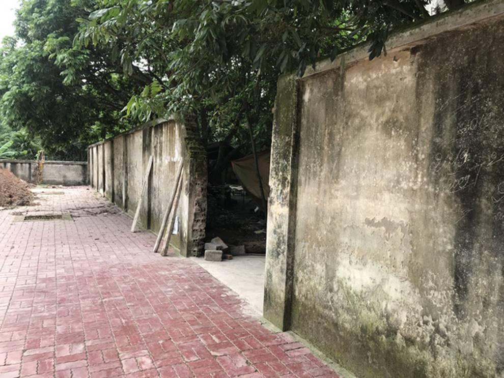 Chủ đàn chó cắn bé trai 7 tuổi tử vong ở Hưng Yên nói coi cháu bé như con cái trong nhà-2