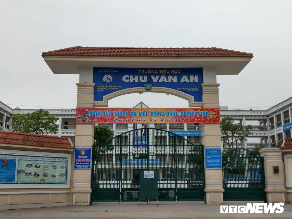 35kg thịt gà ôi thiu được tuồn vào trường tiểu học tại Hà Nội: Thịt chỉ có mùi lạ-1