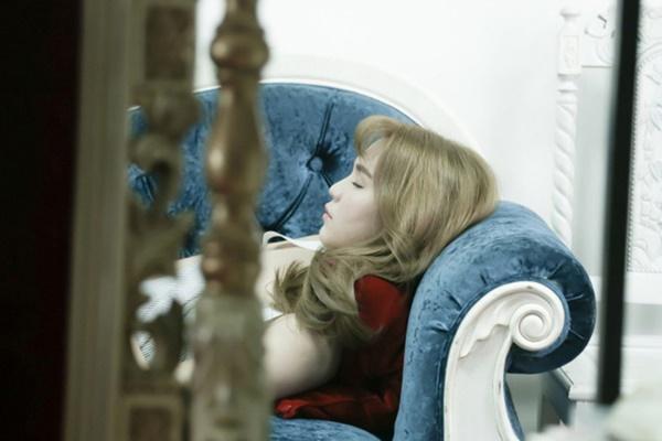 Ăn nhanh ngủ vội, nhập viện vì kiệt sức: Góc tối sau ánh hào quang, cuộc sống sang chảnh của nghệ sĩ Vbiz-6