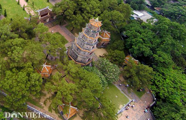 Ngôi chùa đẹp nhất xứ Huế nhìn từ trên cao-3