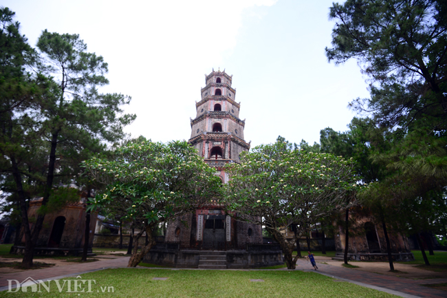 Ngôi chùa đẹp nhất xứ Huế nhìn từ trên cao-6