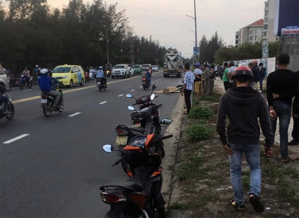 Nữ công nhân bị xe bồn kéo lê gần 20 mét, tử vong thương tâm trên đường đi làm về gần đến nhà-2