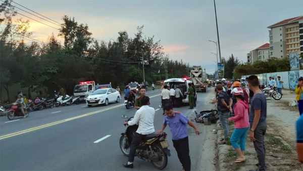 Nữ công nhân bị xe bồn kéo lê gần 20 mét, tử vong thương tâm trên đường đi làm về gần đến nhà-3
