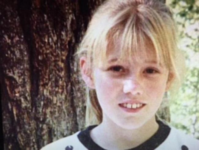 Bé gái 11 tuổi bị bắt cóc và giam cầm suốt 18 năm bất ngờ xuất hiện trở lại cùng 2 đứa con, hung thủ nhận án 431 năm tù-3