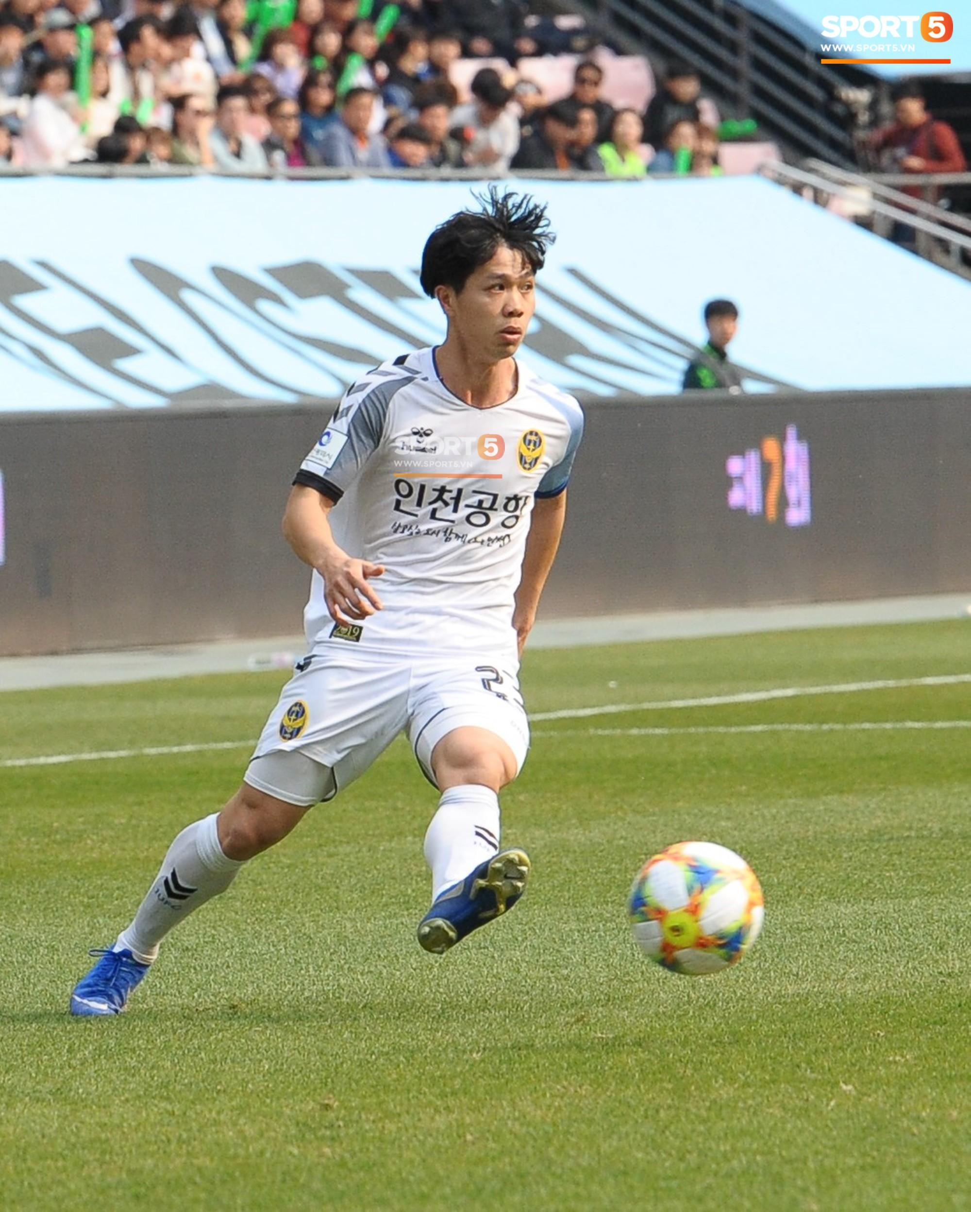 Công Phượng có hành động đẹp với đồng đội trong ngày Incheon United thua trận-2