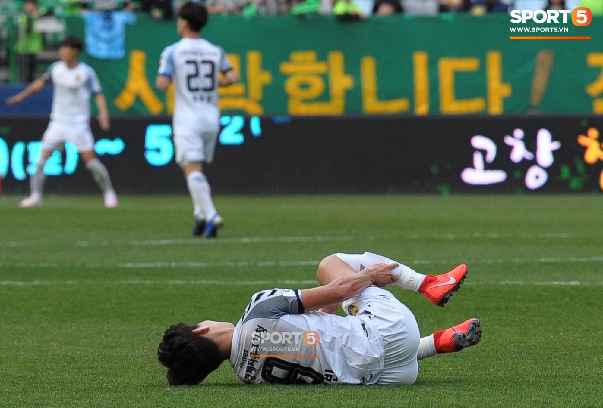 Công Phượng có hành động đẹp với đồng đội trong ngày Incheon United thua trận-3