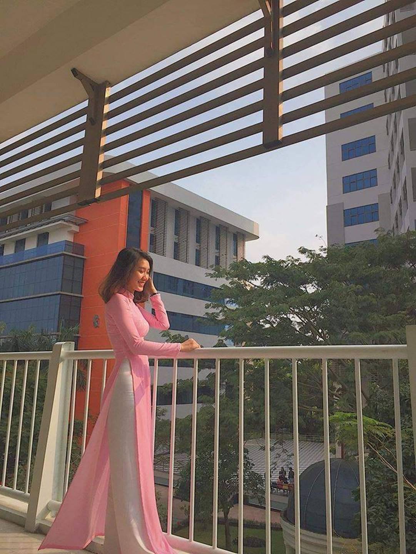 Chọn áo dài hồng làm đồng phục, nữ sinh trường Đại học này đang gây sốt bởi vì quá duyên dáng!-5