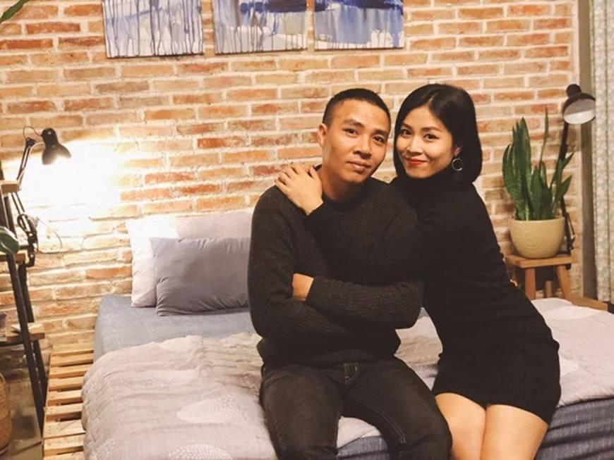 MC Hoàng Linh và bạn trai khiến dân mạng ghen tỵ khi tung loạt hình mật ngọt-2