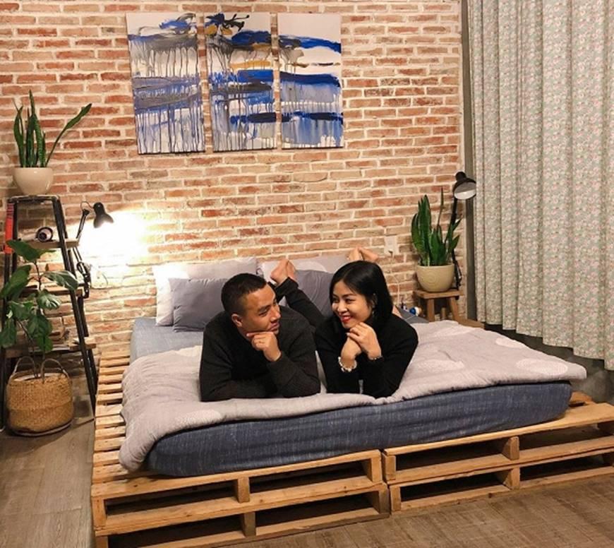 MC Hoàng Linh và bạn trai khiến dân mạng ghen tỵ khi tung loạt hình mật ngọt-5