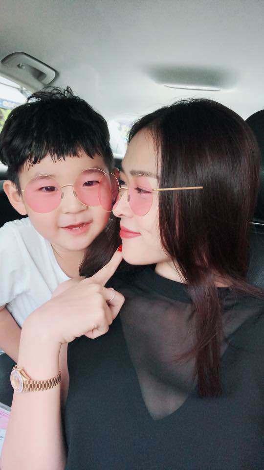 Cuộc sống làm mẹ đơn thân đầy bất ngờ của mỹ nhân Việt lấy chồng giàu có năm 19 tuổi-3