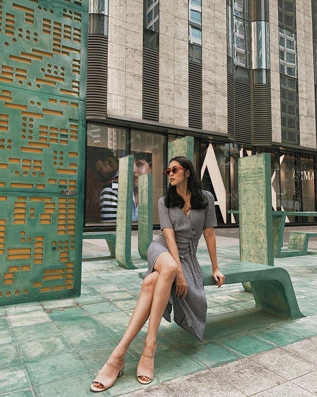 Váy hoa cỏ khoảng 300K lại trở thành hot trend mùa hè, Ngọc Trinh, Hương Giang dẫn đầu xu hướng-2