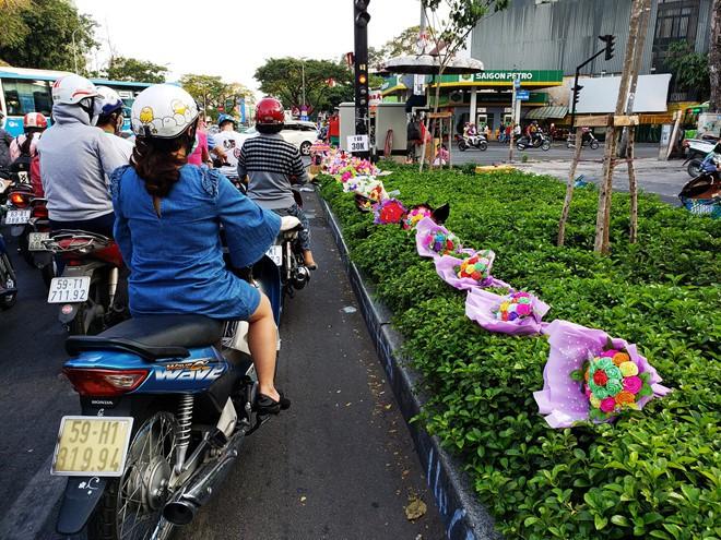 Dân Sài Gòn bất an sau vụ cả chục người bị đâm trên đường phải điều trị phơi nhiễm HIV-2