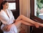 Đâu chỉ mỗi Kỳ Duyên, showbiz Việt đã có thêm Tân Hoa hậu Scandal mới mang tên Phạm Hương-11