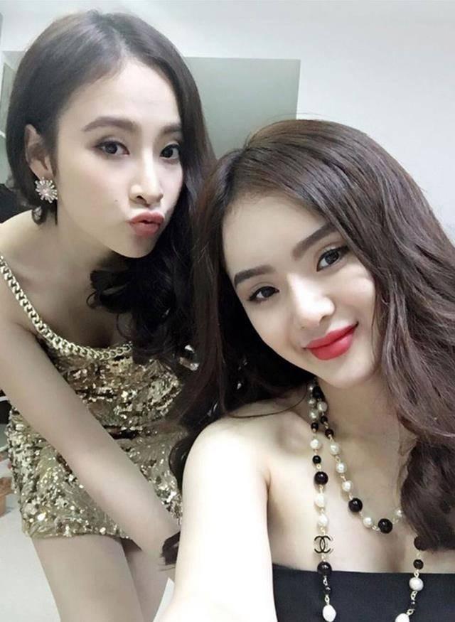 Không còn đen nhẻm nổi loạn, em gái Angela Phương Trinh khoe vẻ xinh đẹp bốc lửa không kém chị-7