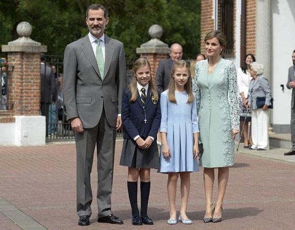 Hoàng hậu Tây Ban Nha: Xuất thân thường dân và cuộc chiến sống chung với mẹ chồng-4