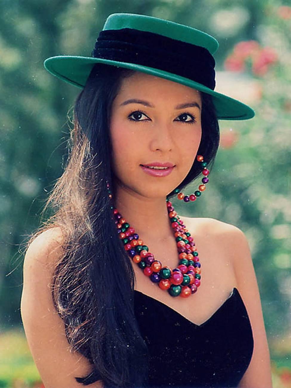 4 nữ hoàng ảnh lịch Việt giờ đây U50, U60 vẫn trẻ đẹp, gợi cảm đáng kinh ngạc-5