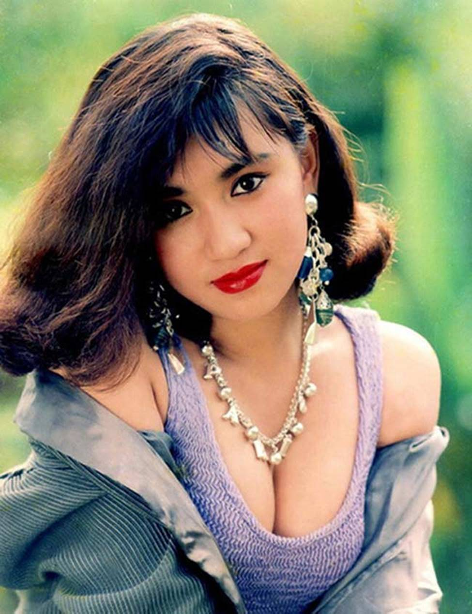 4 nữ hoàng ảnh lịch Việt giờ đây U50, U60 vẫn trẻ đẹp, gợi cảm đáng kinh ngạc-16