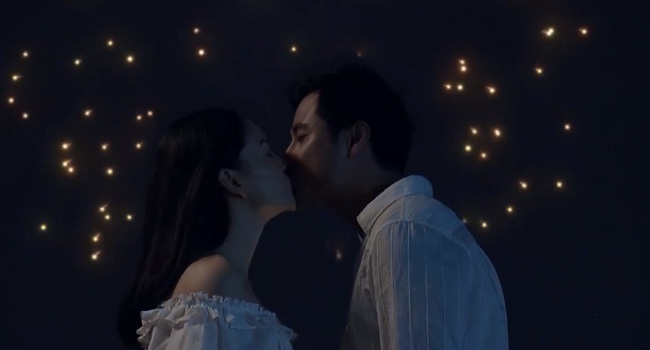 Nàng dâu order tập 1: Chưa có phim truyền hình Việt nào mà mới mở màn, cặp đôi chính đã hở ra là hôn thế này!-1