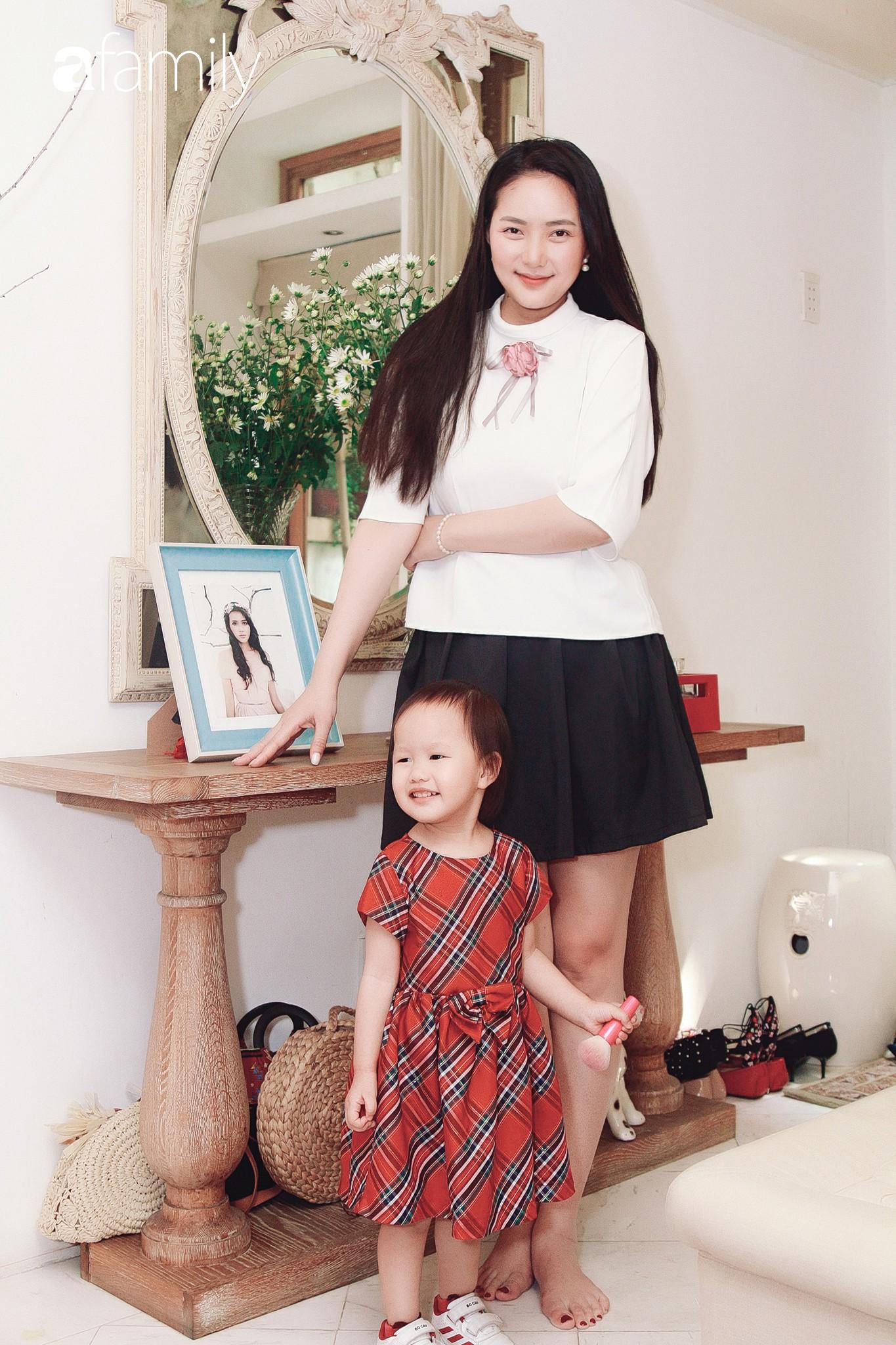 Phan Như Thảo kể chuyện lấy chồng đại gia: Tôi mập thế này nhưng chồng vẫn lựa đồ size XS, hở hang nhất cho vợ-4