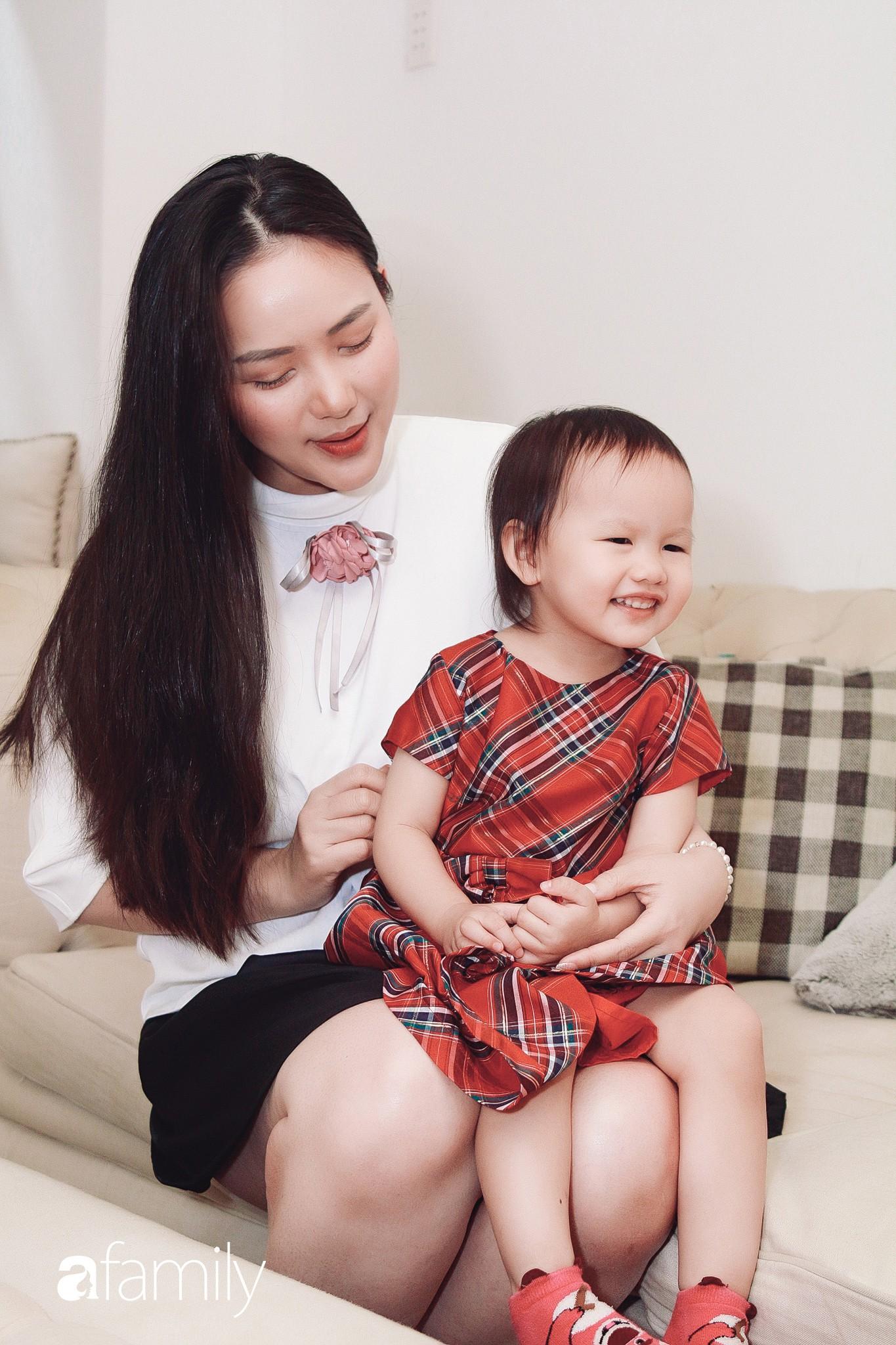 Phan Như Thảo kể chuyện lấy chồng đại gia: Tôi mập thế này nhưng chồng vẫn lựa đồ size XS, hở hang nhất cho vợ-13