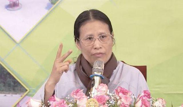 Facebook khóa tài khoản của bà Phạm Thị Yến chùa Ba Vàng-2
