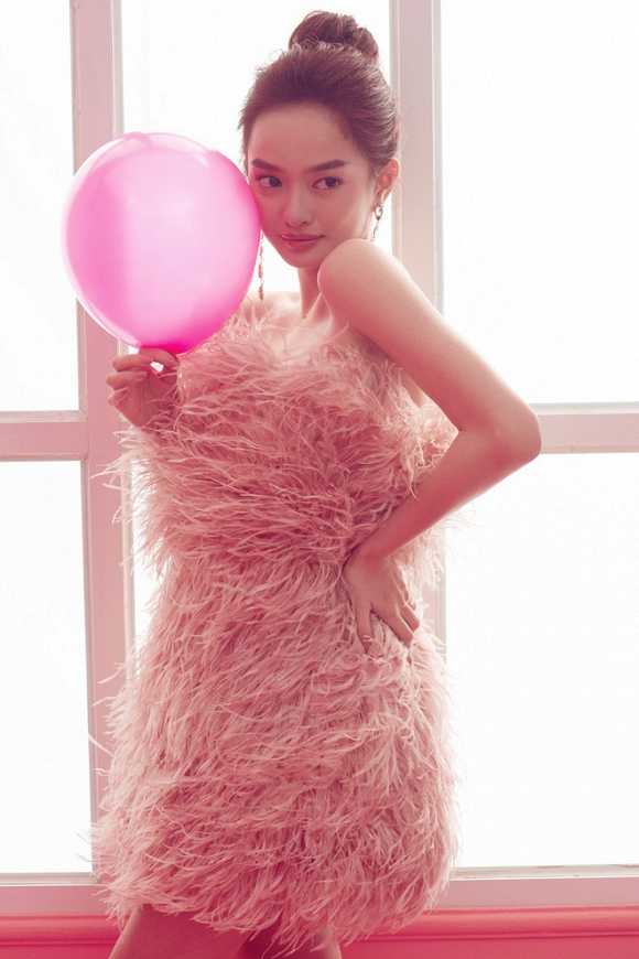 Kaity Nguyễn mừng tuổi 20 bằng bộ ảnh cực xinh-2