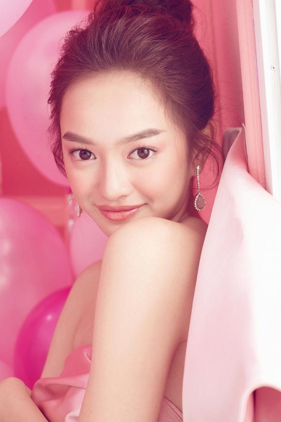 Kaity Nguyễn mừng tuổi 20 bằng bộ ảnh cực xinh-10