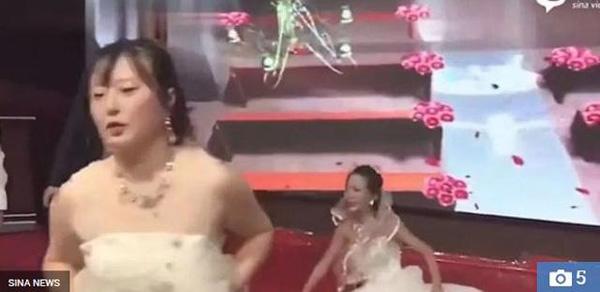 Người yêu cũ của chú rể mặc váy cưới đến xin lỗi, thái độ của cô dâu mới bất ngờ-3