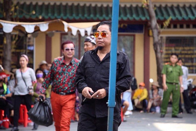 Hồng Vân, Minh Nhí khóc nghẹn trang điểm cho nghệ sĩ Anh Vũ lần cuối-3