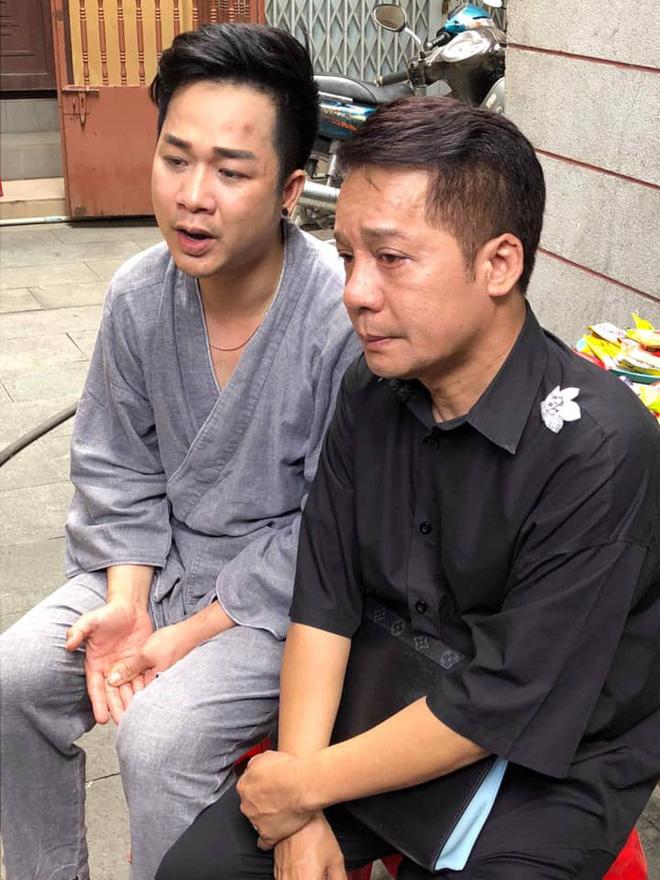 Hồng Vân, Minh Nhí khóc nghẹn trang điểm cho nghệ sĩ Anh Vũ lần cuối-7