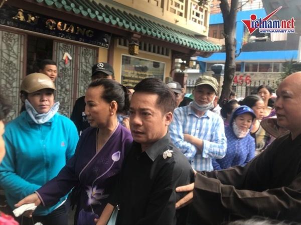Hồng Vân, Minh Nhí khóc nghẹn trang điểm cho nghệ sĩ Anh Vũ lần cuối-1