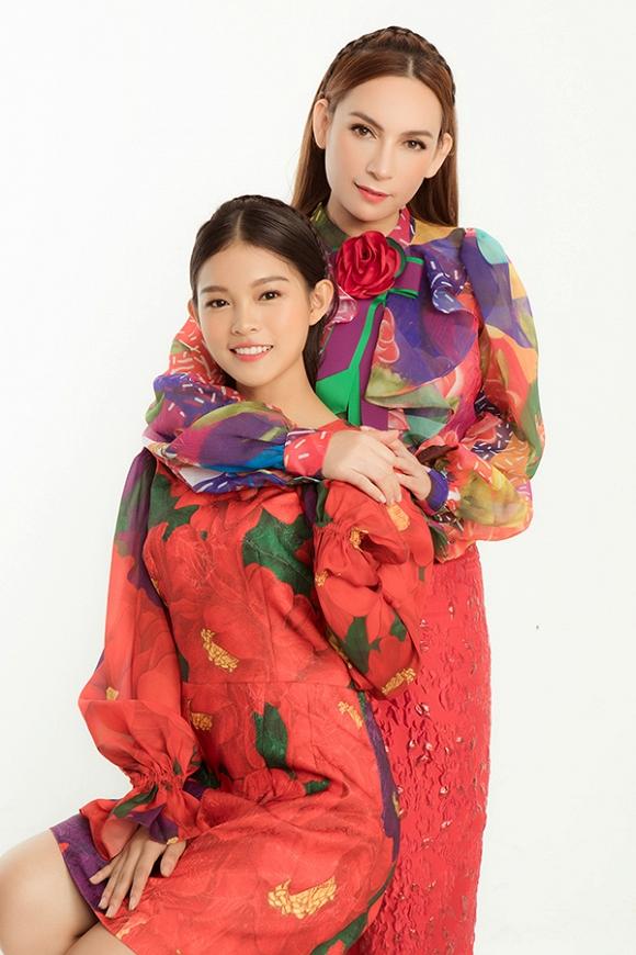 Phi Nhung tung bộ ảnh trẻ trung không tuổi cùng các con gái nuôi trong ngày sinh nhật-5