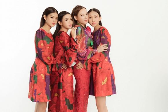 Phi Nhung tung bộ ảnh trẻ trung không tuổi cùng các con gái nuôi trong ngày sinh nhật-8