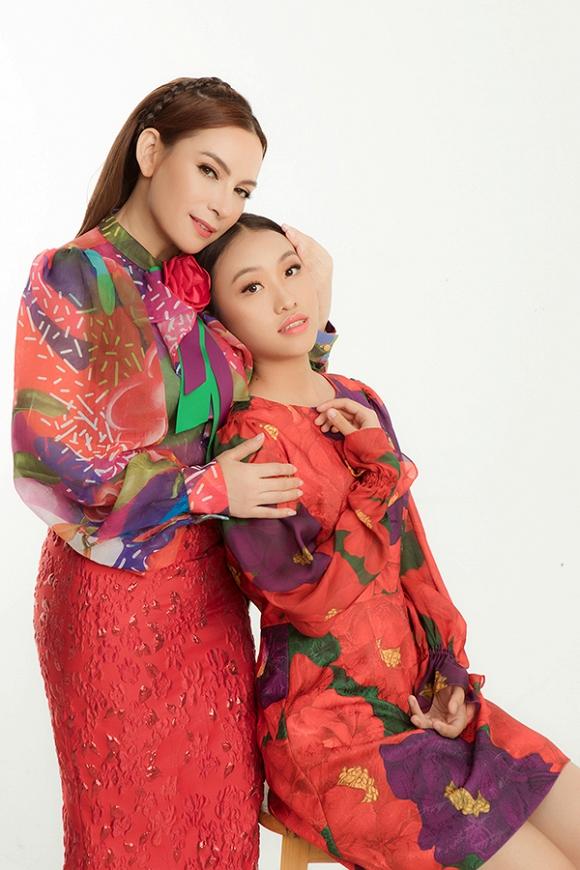 Phi Nhung tung bộ ảnh trẻ trung không tuổi cùng các con gái nuôi trong ngày sinh nhật-9