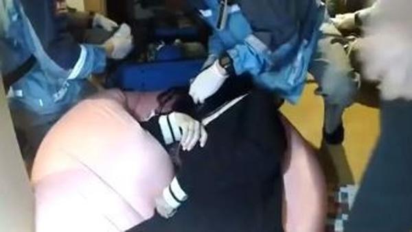 Đang livestream bình thường, cô gái đột nhiên đòi ăn nắm cơm to bằng nắm đấm, 3 phút sau bi kịch xảy ra-5