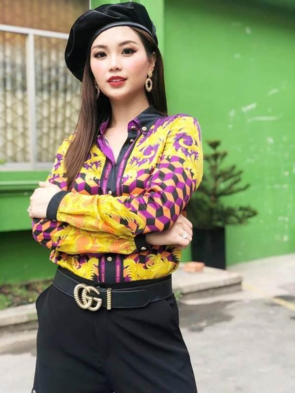 Hoa hậu Phương Khánh khoe ảnh bikini gợi cảm trên nhà cao tầng-5