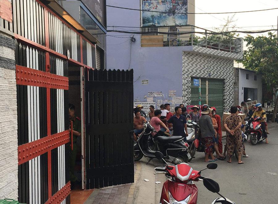 Cảnh sát khám xét khẩn cấp nhà riêng của Phúc XO-5