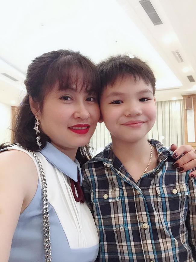 Chân dung vợ xinh đẹp kém 11 tuổi của Táo Kinh tế Quang Thắng-10