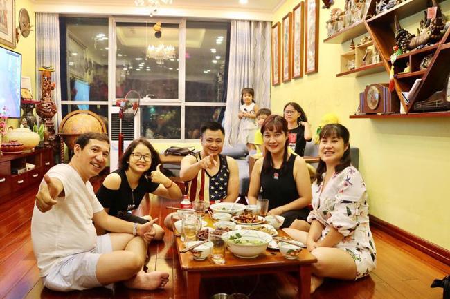 Chân dung vợ xinh đẹp kém 11 tuổi của Táo Kinh tế Quang Thắng-7