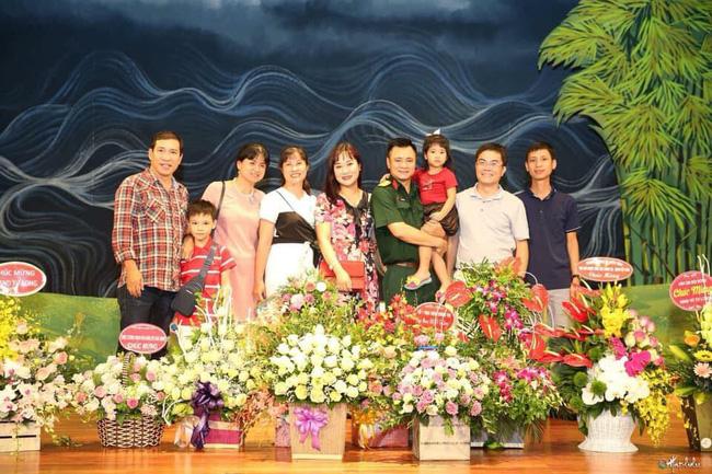 Chân dung vợ xinh đẹp kém 11 tuổi của Táo Kinh tế Quang Thắng-9