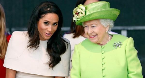 Hé lộ lý do gây sốc khiến Nữ hoàng Anh nhân nhượng, ưu ái Meghan hơn Công nương Kate dù cháu dâu đã gây ra nhiều điều chướng tai gai mắt-1
