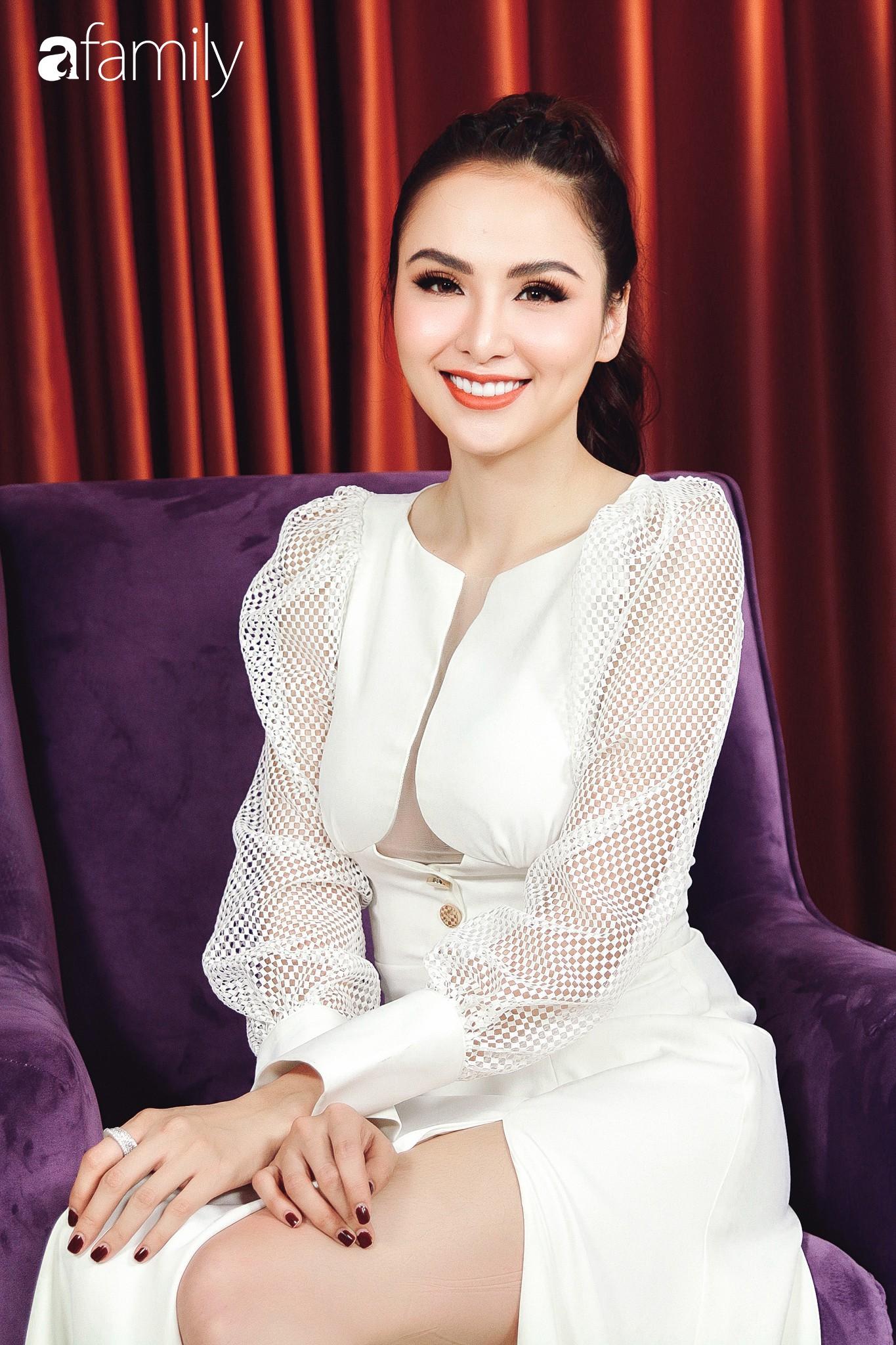 Hoa hậu Diễm Hương: Chồng nào cũng bảo nếu em đừng làm ra tiền thì đã dễ dạy hơn-14