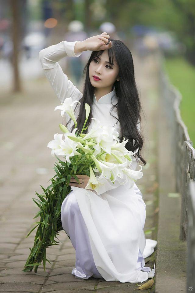 Hoa khôi Tài chính xinh đẹp, đa tài, kiếm hàng chục triệu đồng mỗi tháng-1